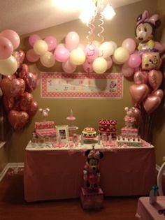 Minnie First bday