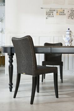 Vincent Sheppard   Life Stories of Lloyd Loom   Melissa dining chair & Versailles table