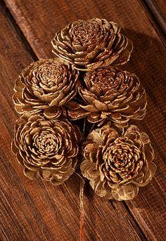 Belly na piku 6-8 cm 15/op złocone | ozdoby na piku kwiaty sola \ piki - Hurtownia Florystyczna Internetowa - Artykuły Florystyczne - Kwiaty sztuczne