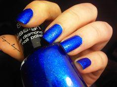 Misslyn Royal Blue #nails   http://penguinlacquer.blogspot.de/2014/09/blaues-gefunkel.html