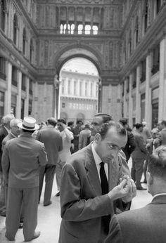 ITALY. Naples. 1960. Henri Cartier-Bresson ~ love the hand talk!!