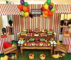 Festa muito fofa e charmosa com tema Quitandinha, adoro! Por @thaismontechiarifestas  #kikidsparty
