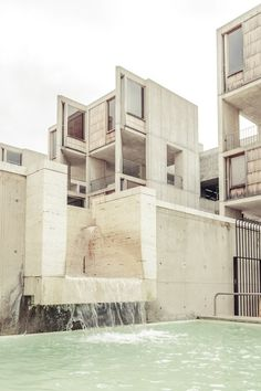 I know it's architecture, but. infinitehallucination: Salk Institute/ Louis Kahn by Rasmus Hjortshøj Louis Kahn, Architecture Résidentielle, Amazing Architecture, Contemporary Architecture, Kahn Design, Web Design, Modern Design, Built Environment, Brutalist