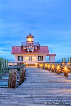 Roanoke Marshes Lighthouse at twilight. A aperture of turns each of the lights into starbursts. Nc Lighthouses, North Carolina Lighthouses, Lower Lights, Carolina Beach, Country Landscaping, Light Of The World, Water Tower, Coastal Living, East Coast
