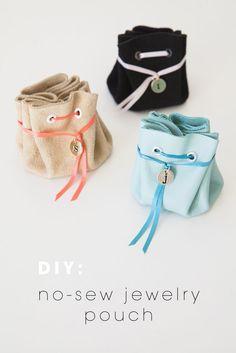 DIY no-sew jewelry pouch