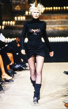 Alexander McQueen Fall 1996 Ready-to-Wear Fashion Show