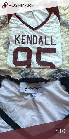 Kendall and Kylie T-Shirt! Comfy t-shirt! Kendall & Kylie Tops Tees - Short Sleeve