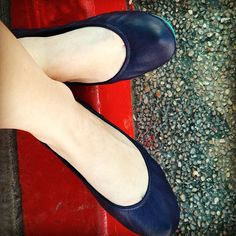 Designer flats you can fit in your purse and wear all day, every day. Navy blue size 6 please.