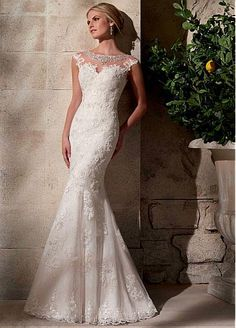 Glamorous Tulle Bateau Neckline Natural Waistline Mermaid Wedding Dress With Lace Appliques