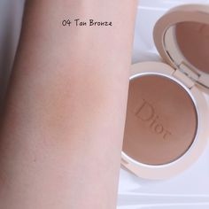 Dior Forever Couture Luminizers & Natural Bronze Powder | Lenallure Dior Forever, Luminizer, Swatch, Powder, Blush, Bronze, Couture, Natural, Beauty