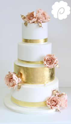 Rose and gold cake by Poppy Pickering Metallic Cake, Metallic Wedding Cakes, Wedding Cake Roses, Floral Wedding Cakes, Elegant Wedding Cakes, Wedding Cake Designs, Floral Cake, Rose Wedding, Gold Leaf Cakes