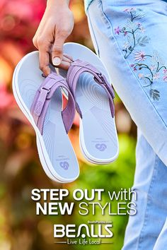 If the shoe fits… Buy it at Bealls Florida! From sandals to seasonal boots and sneakers, Bealls has shoes for every occasion. Save big on brands like Sperry, Easy Spirit, Skechers and more. Walk the walk in your favorite styles. Sock Shoes, Cute Shoes, Shoe Boots, Shoes Sandals, Shoulder Length Hair Styles For Women, Sneakers Fashion, Fashion Shoes, Christmas Shopping, Live Life