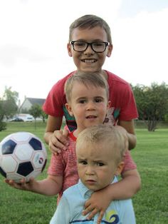 Süti és más...Unokatestvér fotók Soccer Ball, Sports, Hs Sports, European Football, European Soccer, Soccer, Sport, Futbol