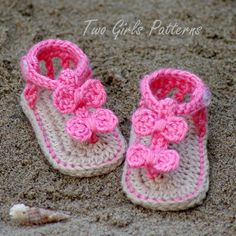 Baby crochet pattern sandal 2 Versions and Free barefoot sandal pattern. Instant Download