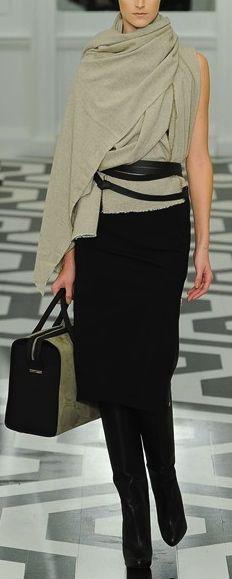 VIctoria Beckham Look Fashion, High Fashion, Winter Fashion, Fashion Show, Womens Fashion, Fashion Design, Fashion Trends, Nyc Fashion, Office Fashion