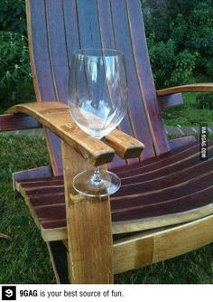 Built in wine glass holders! I promise you my future back yard will have these :)