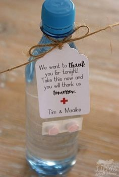 Wedding Checklist - Simple Actions To Offer The Perfect Wedding Day Wedding Favors And Gifts, Creative Wedding Favors, Inexpensive Wedding Favors, Party Favors, Wedding Tips, Our Wedding, Wedding Planning, Dream Wedding, Summer Wedding