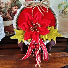 Recycled CD Art OOAK Stunning Christmas Gift/Card/Wall Hanging or Plaque Free Shipping Australia by BarBarABlackSheepAU on Etsy Christmas Poinsettia, Christmas Ribbon, Christmas Gift Tags, Felt Christmas, Christmas Wreaths, Recycled Cds, Cd Art, Cardboard Packaging, Holly Leaf