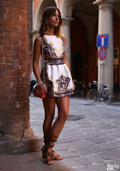 Floral Print Mini suknia - Galeria & Style Lookbook od Shein www