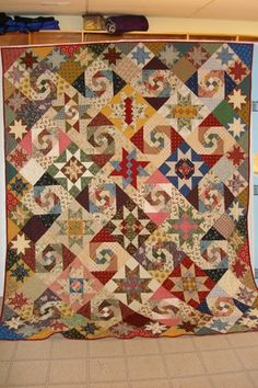 Jamestown 2007, Block of the Month Quilt - Snails trail & star blocks