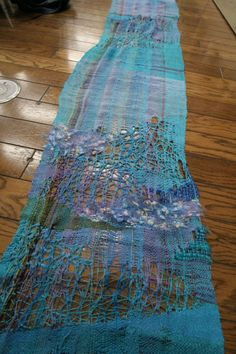IMG_5129 Pin Weaving, Weaving Art, Weaving Patterns, Loom Weaving, Textile Fiber Art, Textile Artists, Fabric Art, Fabric Crafts, Weaving Wall Hanging