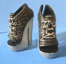 Monster High Ghoulia Fashion Pack Black & Silver Shoes Heels New Repainted