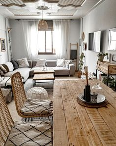 she shed decor Home Living Room, Apartment Living, Living Room Designs, Living Room Decor, Bedroom Decor, Scandinavian Style Home, Interior Decorating, Interior Design, Diy Decorating