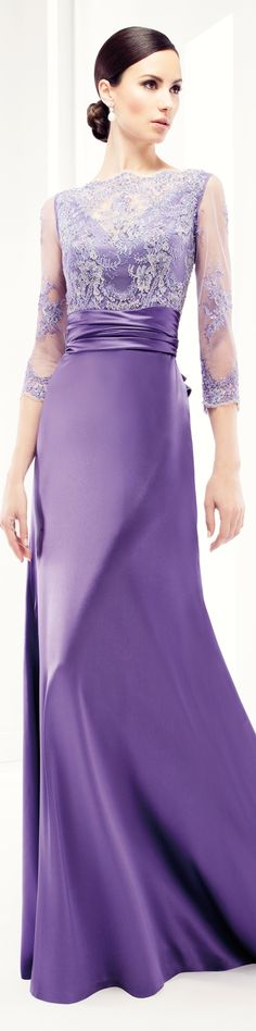 mother of the bride Patricia Avendano Evening Dresses For Weddings, Evening Gowns, Trendy Dresses, Women's Fashion Dresses, Beautiful Gowns, Beautiful Outfits, Purple Gowns, Haute Couture Dresses, Purple Fashion