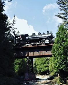 Duluth steam train #28 over the French River