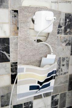Filz Ladestation1materialien2Loch markieren3Loch ausschneiden und säumen4Tasche annähen5Platz im Haus6Füllen und laden