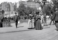 """from Old Images of New York - such a touching comment, i have to share: Isabelle Schneider: """"The photos in this group are so touching. I could really look at them all day as they get posted. This is the world my grand and great relatives lived in."""" and i always imagine i'll see a relative in one of these photos!"""