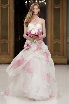 printed wedding dresses, wedding dresses with color accents