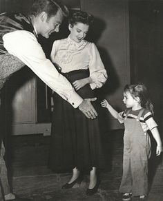 Van Johnson, Judy garland and Liza  during filming of In The Good Old Summertime