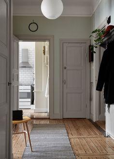 Colour Blocking Interior, Simply Home, Eclectic Furniture, Bathroom Design Luxury, Interior Decorating, Interior Design, Classic Interior, Southern Living, Home Decor Inspiration