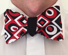 Handmade Bowtie  Black & White Retro by toddsties on Etsy
