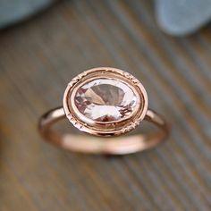 Anillo oval morganita 14k oro rosa / Halo Vintage por onegarnetgirl