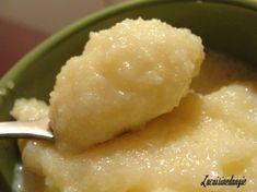 Hello, aujourd'hui un p'tit dessert tout simple, mais très bon! il s'agit de la Polenta au lait à la vanille ... (ressemblant à la semoule, il faut le dire) mais Zhom a bien aimé !! (moi j'ai juste goûté et c'est vrai que c'était bon !!!) La recette :...