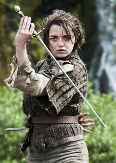Arya Stark played by Maisie Williams could find herself gaining special powers from the three-eyed raven in Season 5 of 'Game of Thrones.' (Photo: Studio)