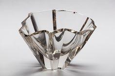 "Large ""Iceberg"" Bowl Designer: Wirkkala, Tapio Producer: Iittala Year: '50s"