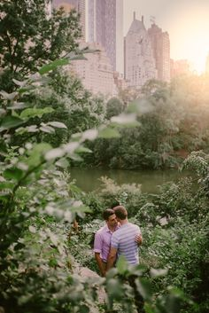 Central Park Same Sex Engagement Session | June Photography | http://hijune.com
