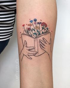 Book tattoos - look no further than between the pages of your favourite books! A character, a place, a moment, or a quote Dainty Tattoos, Sweet Tattoos, Pretty Tattoos, Mini Tattoos, Beautiful Tattoos, Body Art Tattoos, Small Tattoos, Garter Tattoos, Rosary Tattoos