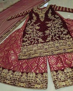 For details please whatsapp me 00923064010486 Indian Wedding Gowns, Pakistani Wedding Outfits, Pakistani Bridal, Bridal Outfits, Pakistani Dresses, Indian Dresses, Indian Outfits, Bridal Dresses, Bridal Lehenga