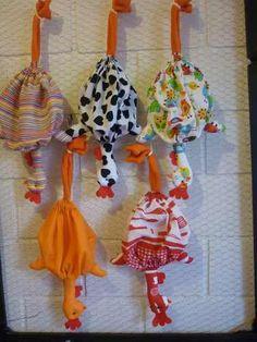 gallinas de tela para guardar bolsas - Buscar con Google