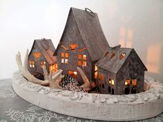 Decorate It Yourself - Winter Decoratie - Jalien Cozy Living Cozy Living, Tablescapes, Gingerbread, Xmas, Christmas, Diy, Crafts, Candles, Google
