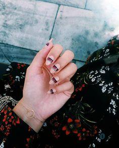 "Polubienia: 163, komentarze: 1 – Sylwia  (@sylvestrra) na Instagramie: "" #guccinails #maniminimalism | #makear #eclipse #yes #zara #nailstagram #nails #nailart…"""