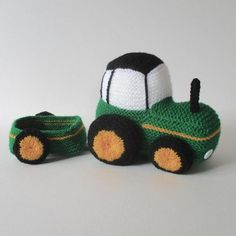 Tractor Knitting pattern by Amanda Berry Crochet Car, Crochet For Boys, Cute Crochet, Crochet Crafts, Crochet Toys, Crochet Projects, Amigurumi Patterns, Knitting Patterns, Crochet Patterns