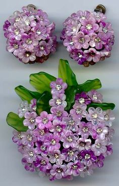 ...LOOOOOVE!!!! Vendome Lilac Flowers Pin & Earrings