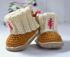 CROCHET PATTERN Baby Booties with Rib Cuffs 4 por matildasmeadow