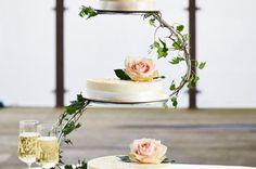 Enkel kakepynt med roser