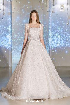 Classy Wedding Dress, Beautiful Wedding Gowns, Modest Wedding Dresses, Bridal Dresses, Pretty Dresses, Beautiful Dresses, Marie, Evening Dresses, Outfits